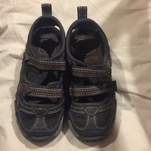 Stride Rite Toddler Tech Boy Size 10 Sandals GUC